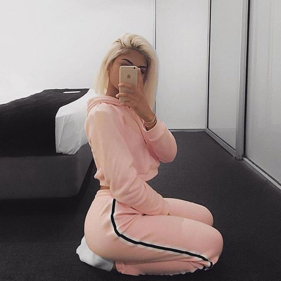 👛 Solo Tracksuit