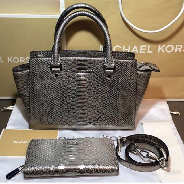 0515ca4b8128 Authentic Michael Kors Silver Selma Snakeskin Bag and Wallet Set ...