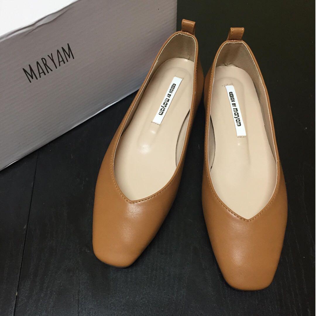 Bello 韓素面軟皮革包鞋 奶茶色