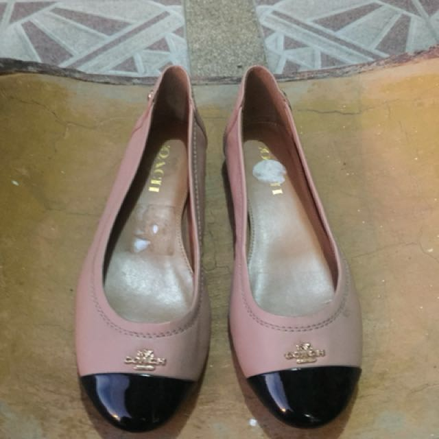 850dec1cb718 ... where to buy coach chelsea flats womens fashion shoes on carousell  bbb04 b5b8e