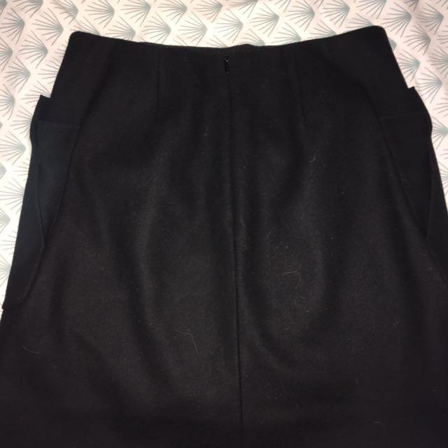 COS Black Skirt
