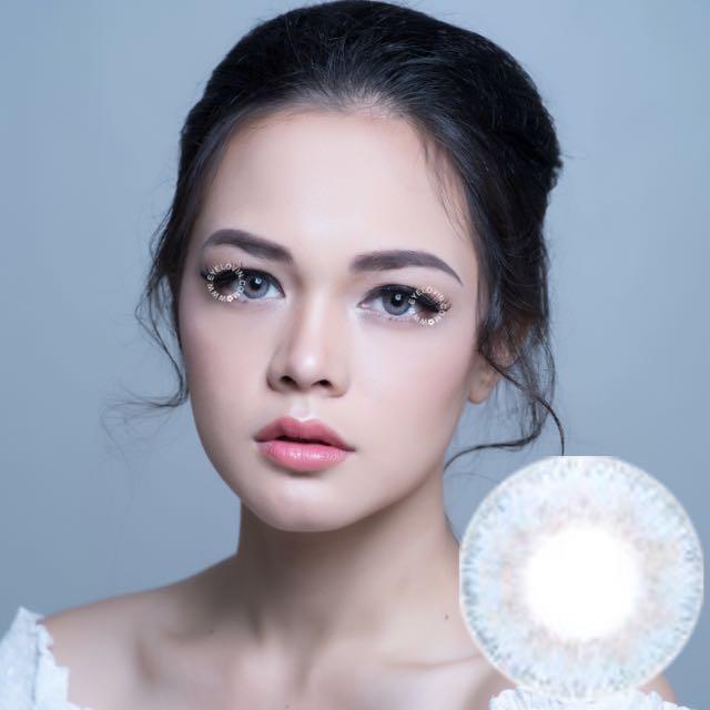 Eyelovin Contact Lenses Belle Bluegrey