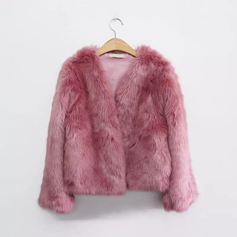 Faux fur coat (pink)