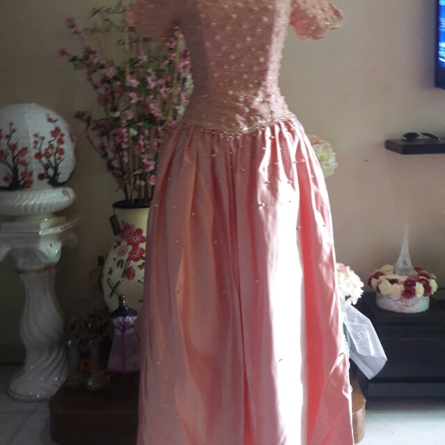 For Rent or For Sale:Peach Wedding Gown by Erwin Tan