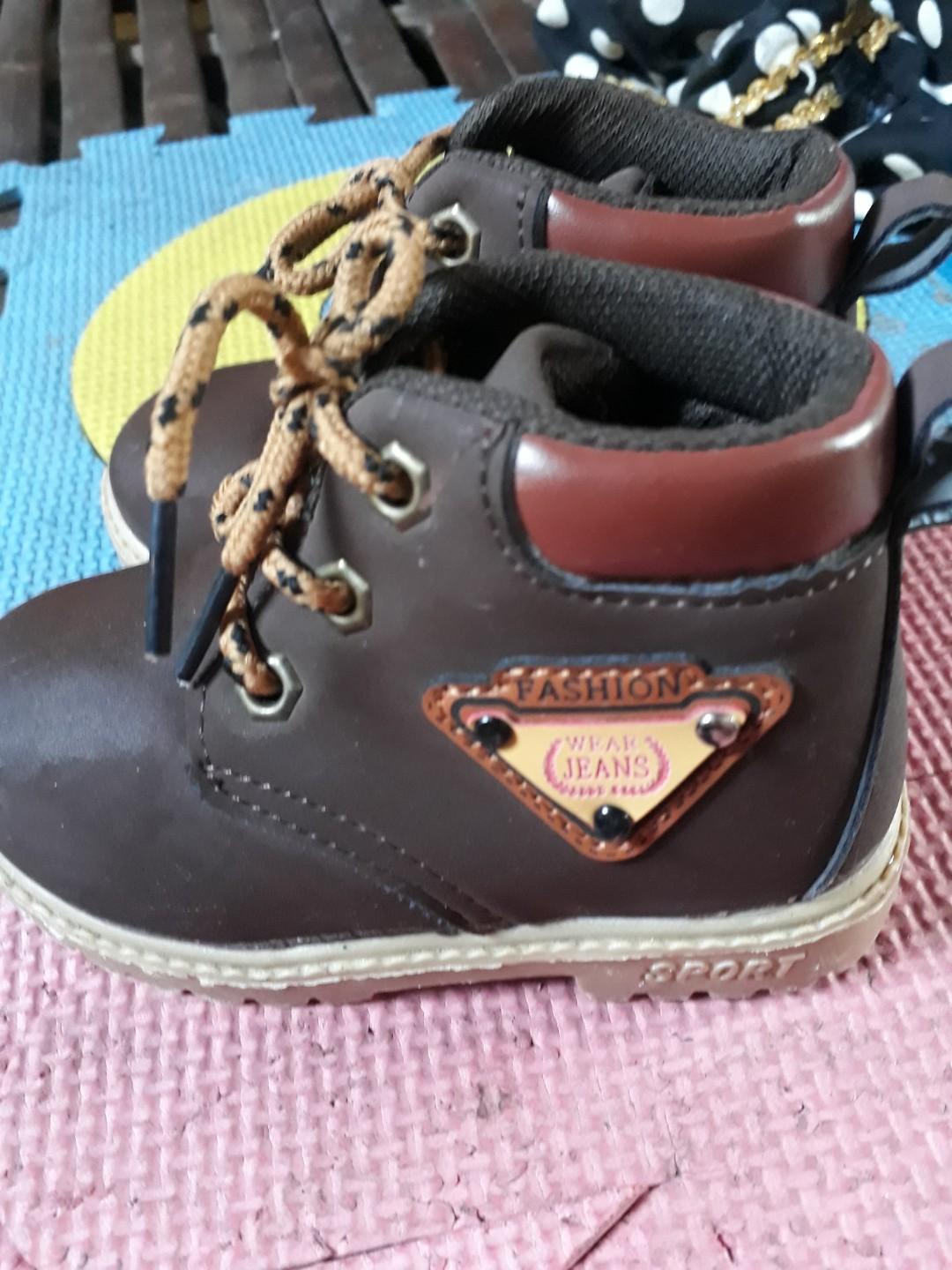 Free sf Timberland for baby