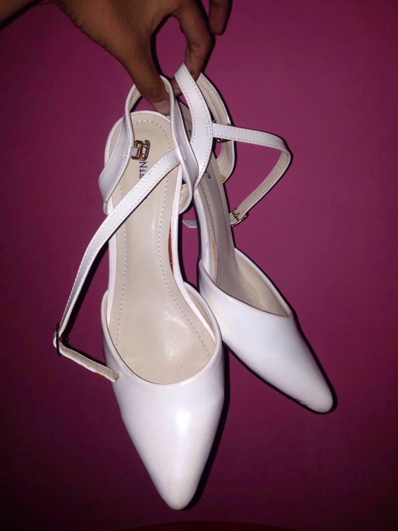 Heels white Iconinety9
