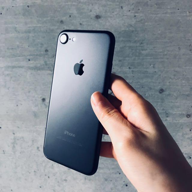 (已降)iPhone 7 128g 霧黑女用機