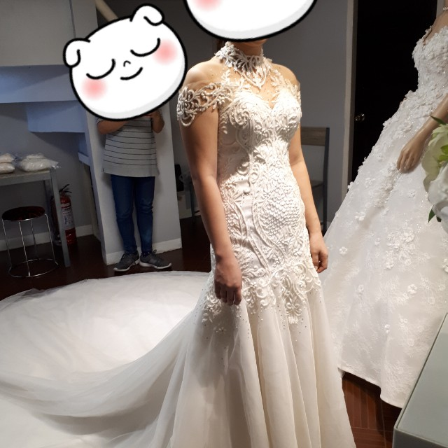 Ivory mermaid cut wedding gown, Women\'s Fashion, Clothes on Carousell