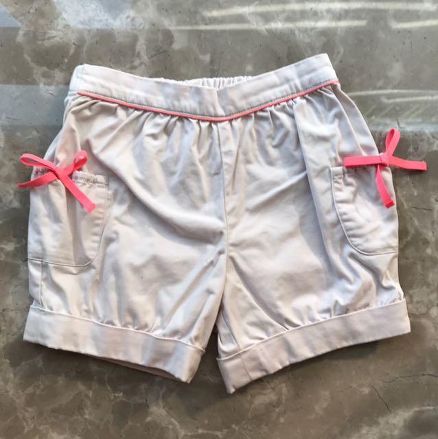 Jacadi 36M淺色短褲