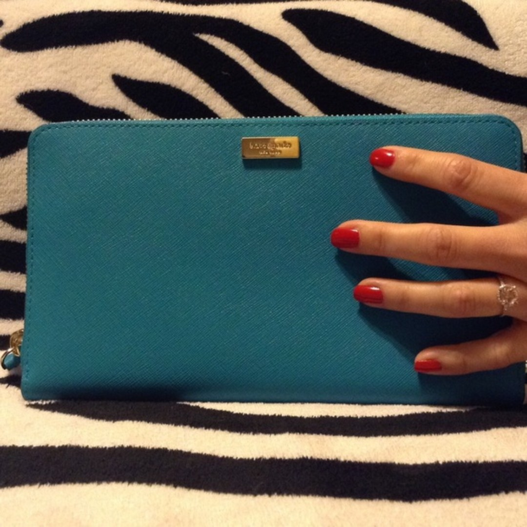 Kate Spade Newbury Lane Talla Clutch Wallet WLRU2304 – bought in Kate Spade New York