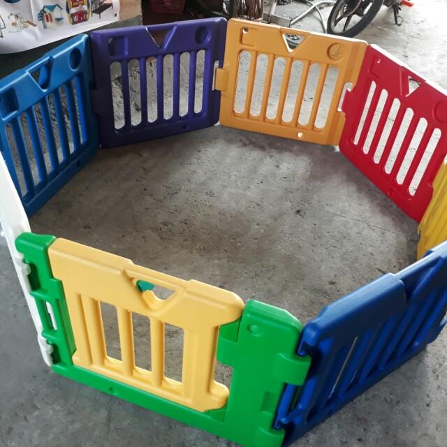 Kidsland playyard