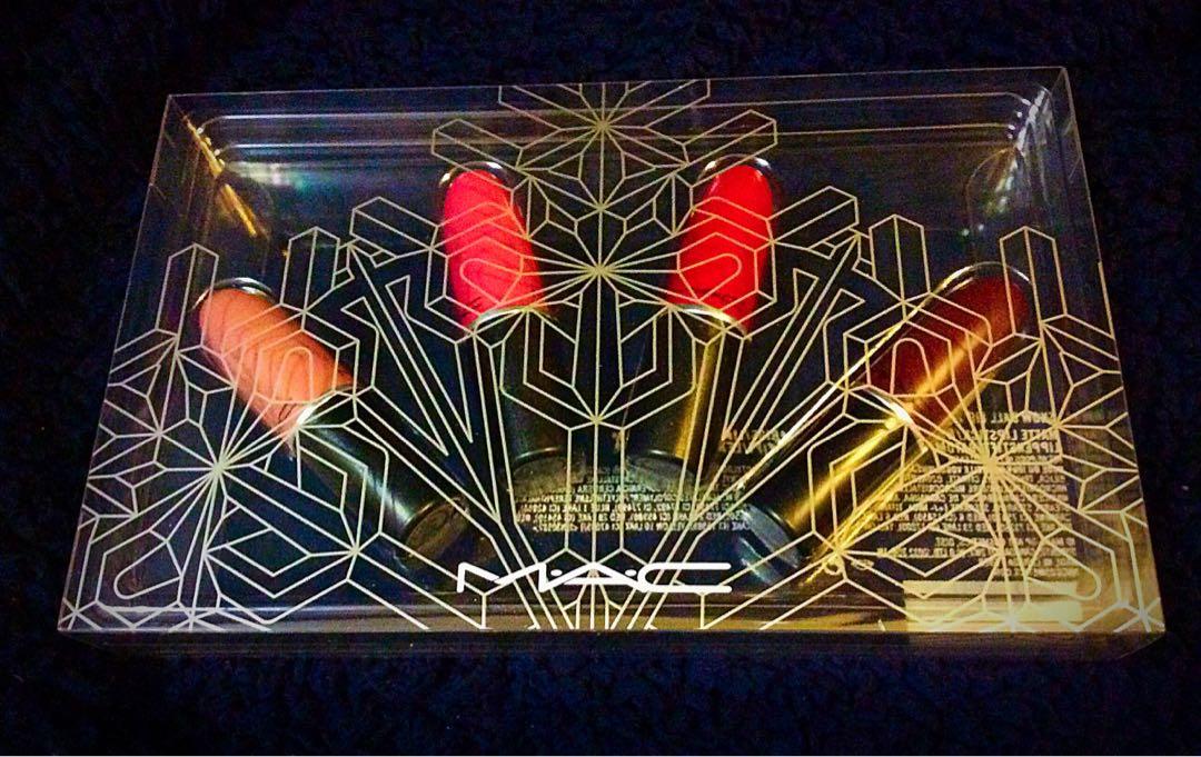 MAC Regular Size Limited Edition Snowball Lipstick Set
