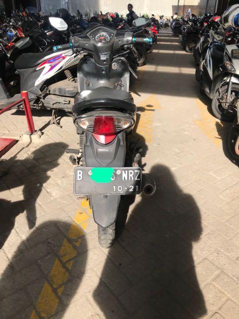 Motor revo cw 2011