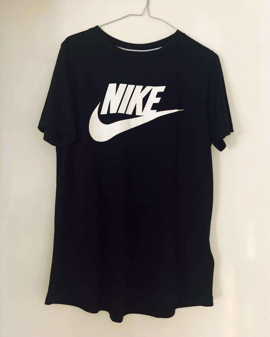 Nike NSW essential t-shirt (BNWT)
