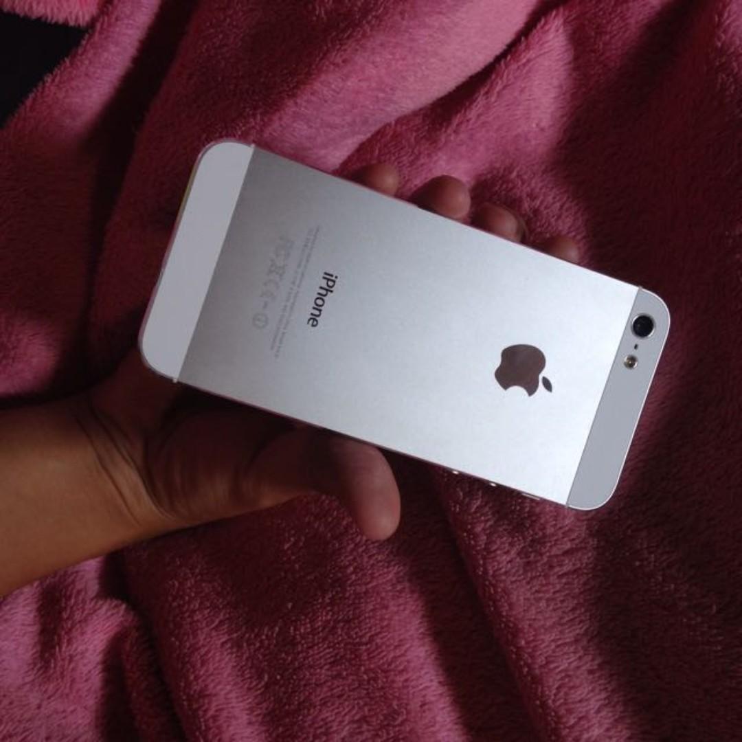 Original iPhone 5 silver