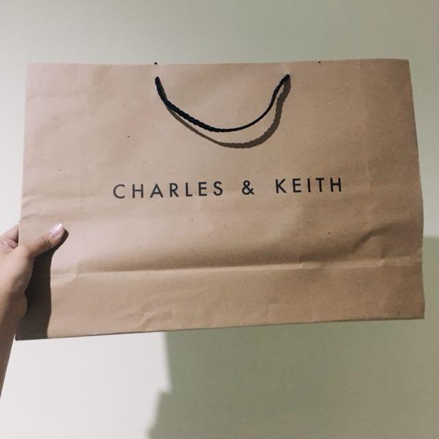 Paper bag - CHARLES N KEITH
