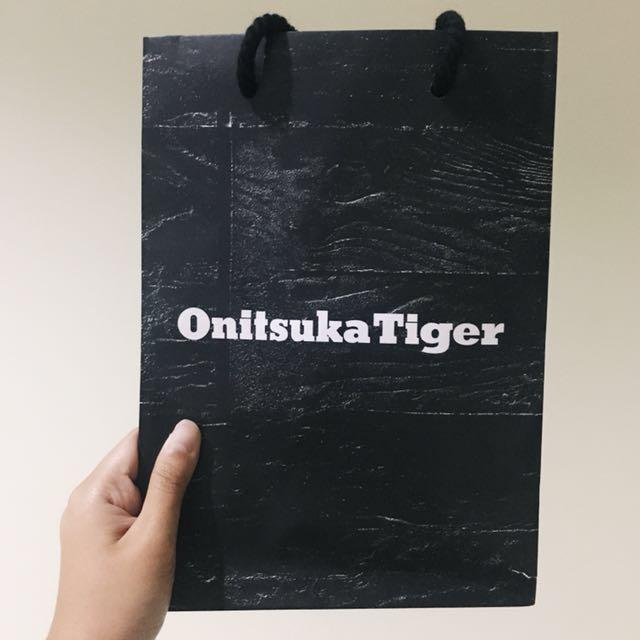 Paper bag - ONITSUKA TIGER