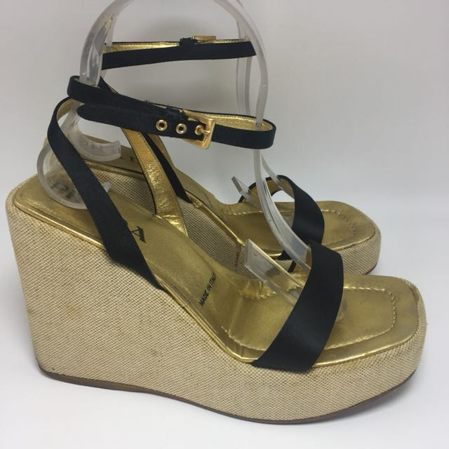 PRADA ORI BLACK SILK WEDGE SANDAL SEPATU SZ 37 7 SHOE SANDALS WEDGES  CASUAL 72dad89ea8