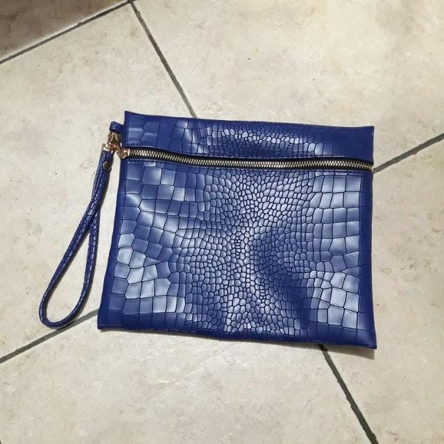 Preloved Clutch Croco Blue