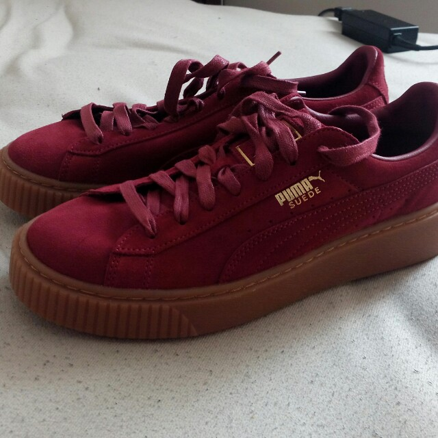on sale fbf9d 75814 Puma Suede Platformers (Burgundy) US 9