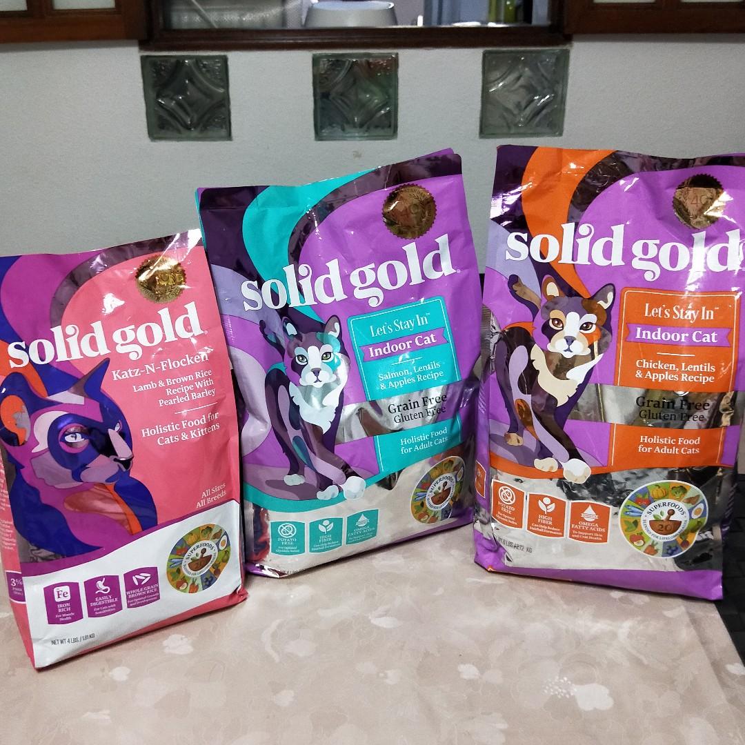 Solid Gold Cat Food (2 BIG PACKET LEFT)