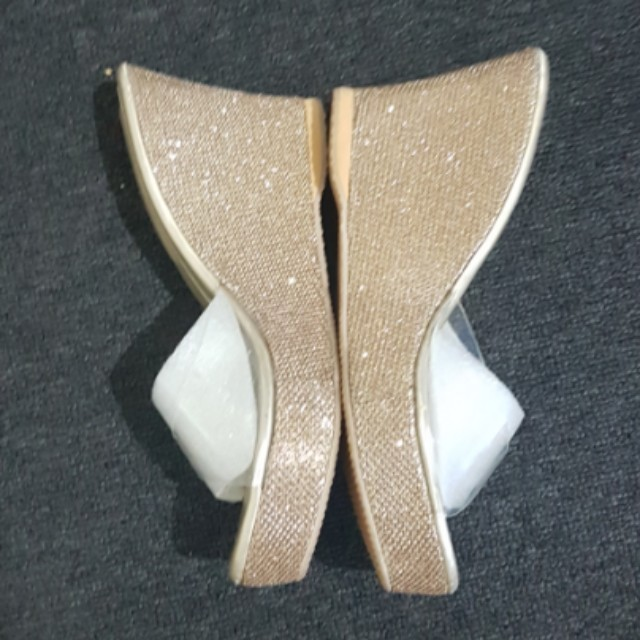 Sparkly Gold Wedges