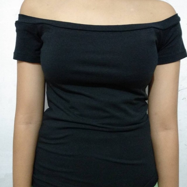 Stradivarius Top *freeongkir