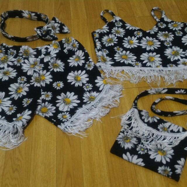 Sunflower design crop top shorts bag and turban set