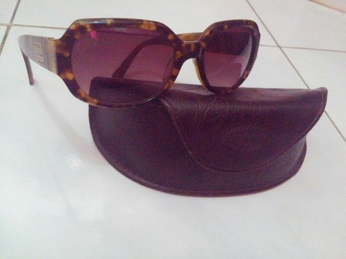 Sunglasses fossil with leather case