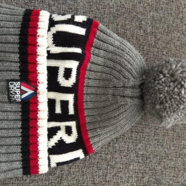 Superdry毛線帽
