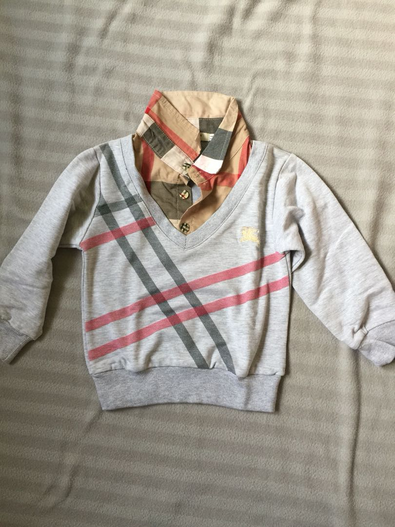 Sweater Burberry inspired