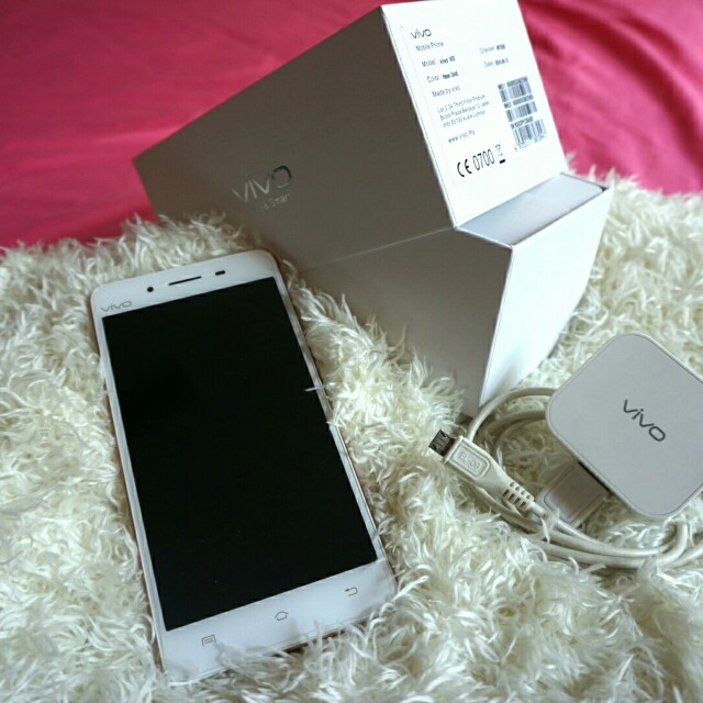 Used Vivo V3(Rose Gold, 90% new)