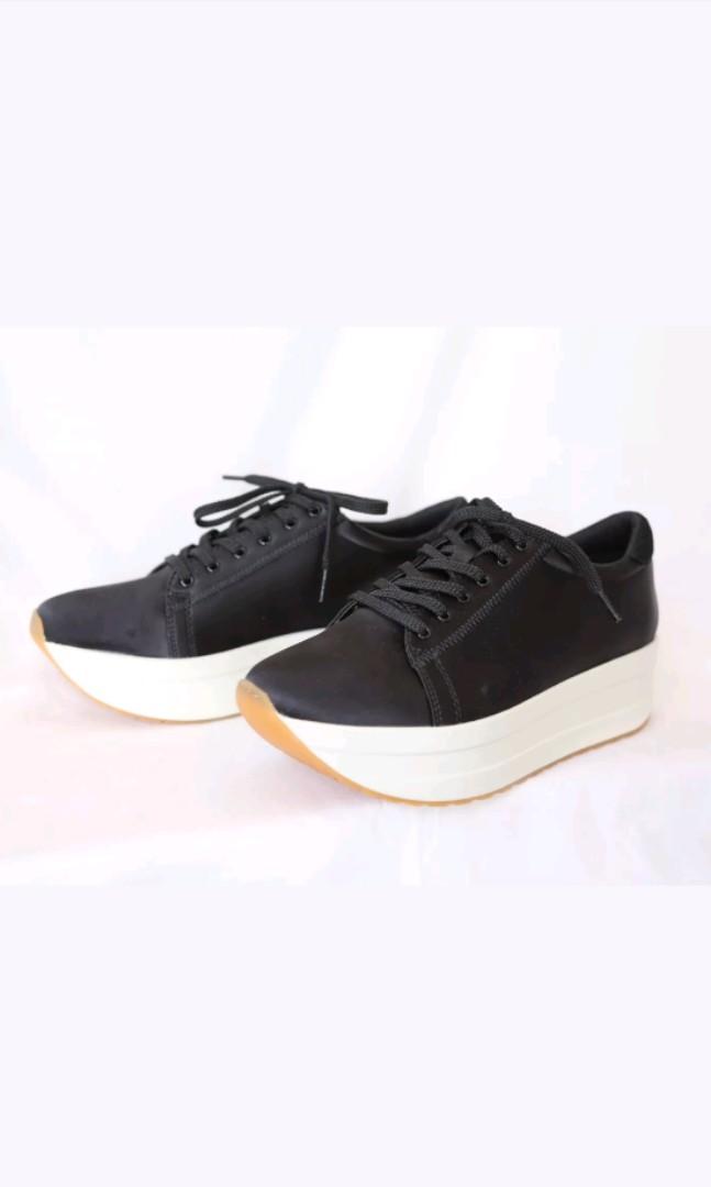 Vagabond Casey Platform Sneaker Sz 37