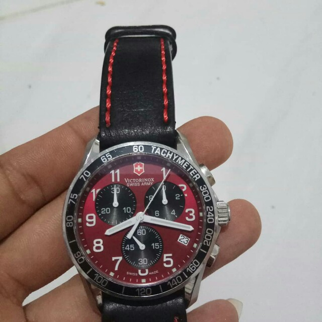 Victorinox chronograph swiss made