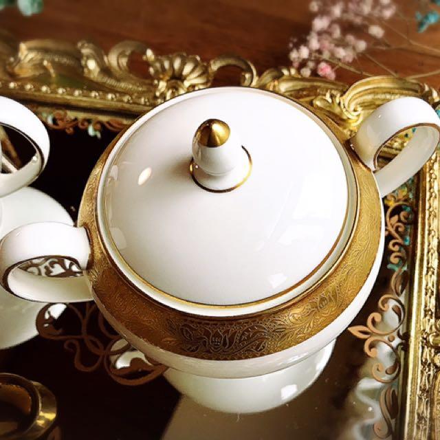 英國製Wedgwood ASCOT系列優雅華麗細緻金邊圖騰奶壺/糖罐組