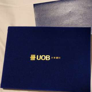 Limited Edition UOB $10 999 gold note