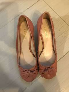 Prada 粉紅色高踭鞋size 38