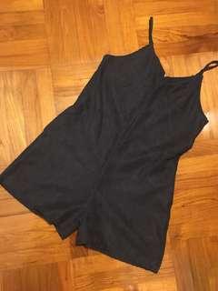 吊帶連身短褲