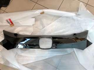 Honda Vezel Hybrid Front Bumper Grille Trim (Black Chrome)