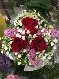 Rose Bouquet (Fresh Flowers)