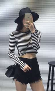 long sleeve stripes cropped top