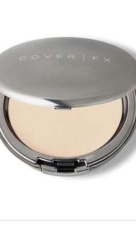 FURTHER PRICE REDUCE cover fx pressed powder in shade light. No box.