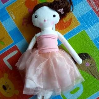(BNEW) Doll