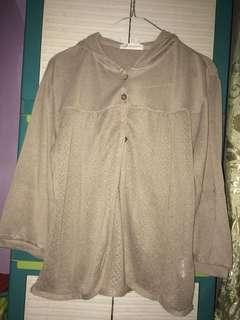 Hoodie/sweater/cardigan