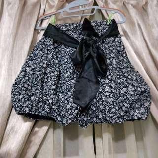 Korean style floral bubble skirt