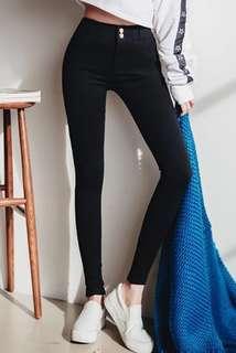 全新 有彈性 超級顯瘦 貼身 黑色 牛仔褲 長褲 修腳 美腿 百搭 易襯 紮腳褲