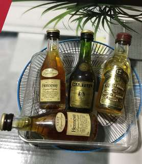 Set Of 4 30 Years Vintage Mini Liquor