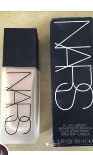NARS LUMINOUS ALL DAY WEAR FOUNDATION (GOBI)