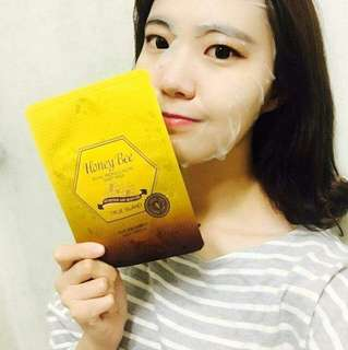 READY STOCK💕HONEY BEE MASK / 27gm.  Processing proceed upon full payment received via bank transfer