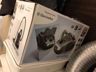Electrolux Vacuum Cleaner 吸塵機